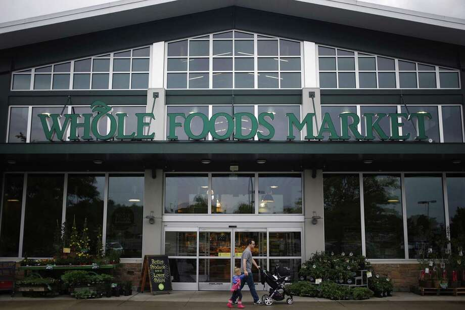 Whole Foods Market Inc. reported that same-store sales — a closely watched measure — dropped 2.4 percent last quarter, the sixth straight sales decline. Photo: Bloomberg News /File Photo / © 2016 Bloomberg Finance LP