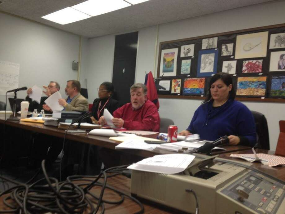 Bridgeport Board of Education Photo: Linda Conner Lambeck / Linda Conner Lambeck