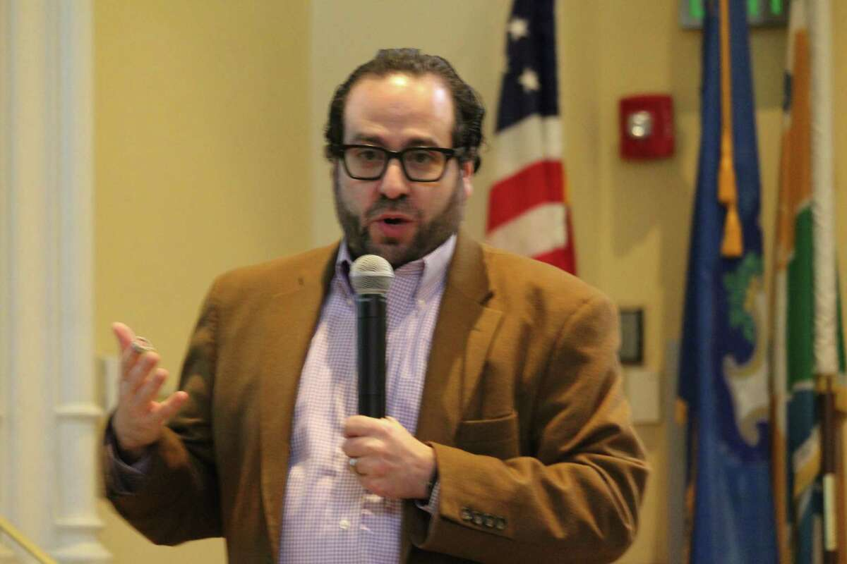 Seth Shapiro, principal of Barton Partners and lead for the Saugatuck Center project, outlines his plans for Transit Oriented Development on Feb. 3, 2017 in Westport Town Hall.