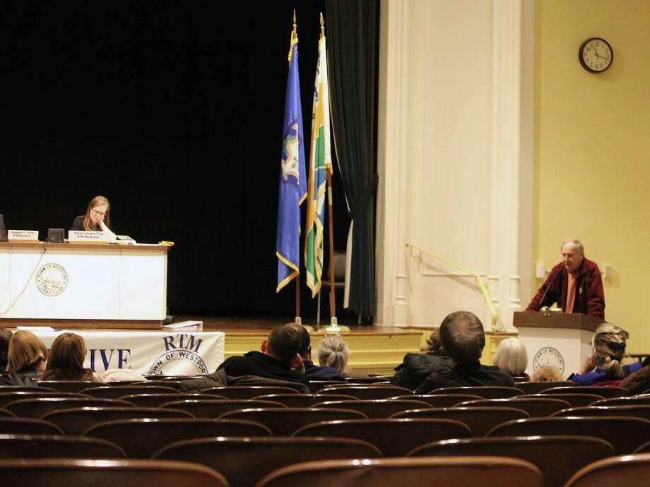 Jack Klinge, RTM District 7, speaks at the Feb. 7 Representative Town Meeting. Photo: Laura Weiss / Hearst Connecticut Media / Westport News