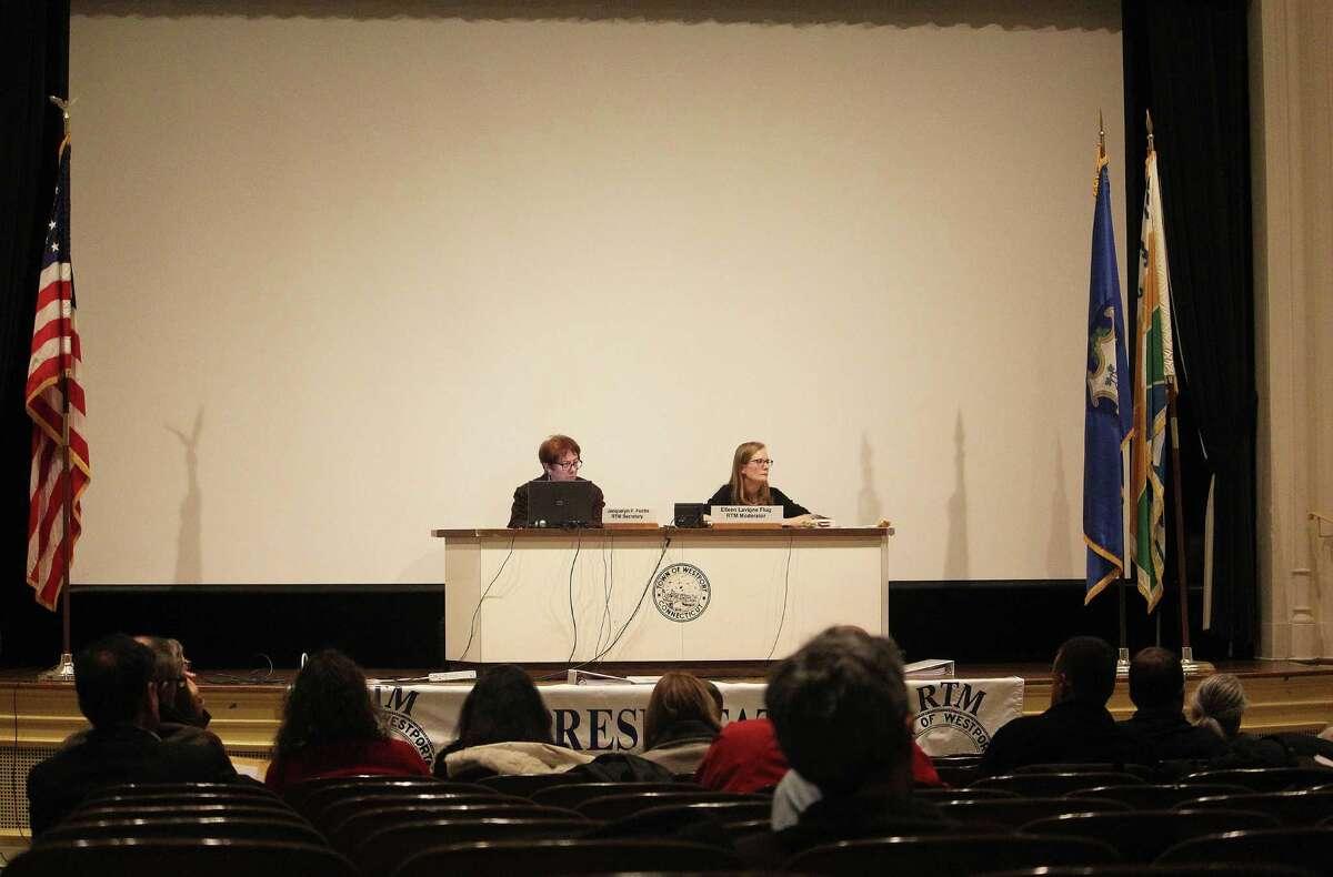 Moderator Eileen Lavigne Flug at the Feb. 7, 2017 Representative Town Meeting in Westport, Conn.