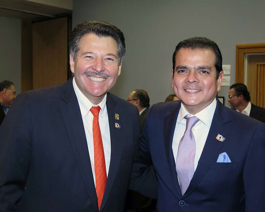Sáenz Photo: Cuate Santos /Laredo Morning Times / Laredo Morning Times