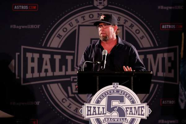 Jeff Bagwell speaks during a rally for his Hall of Fame election in Union Station at Minute Maid Park, Monday, January 23,  2017.  ( Karen Warren / Houston Chronicle )