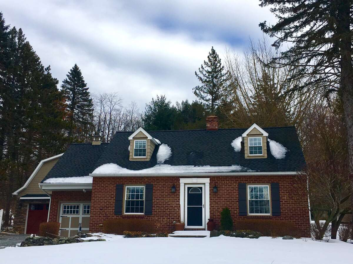 House of the Week: 2270 Brookview Rd., Castleton-on-Hudson | Realtor: Alexander Monticello | Discuss: Talk about this house