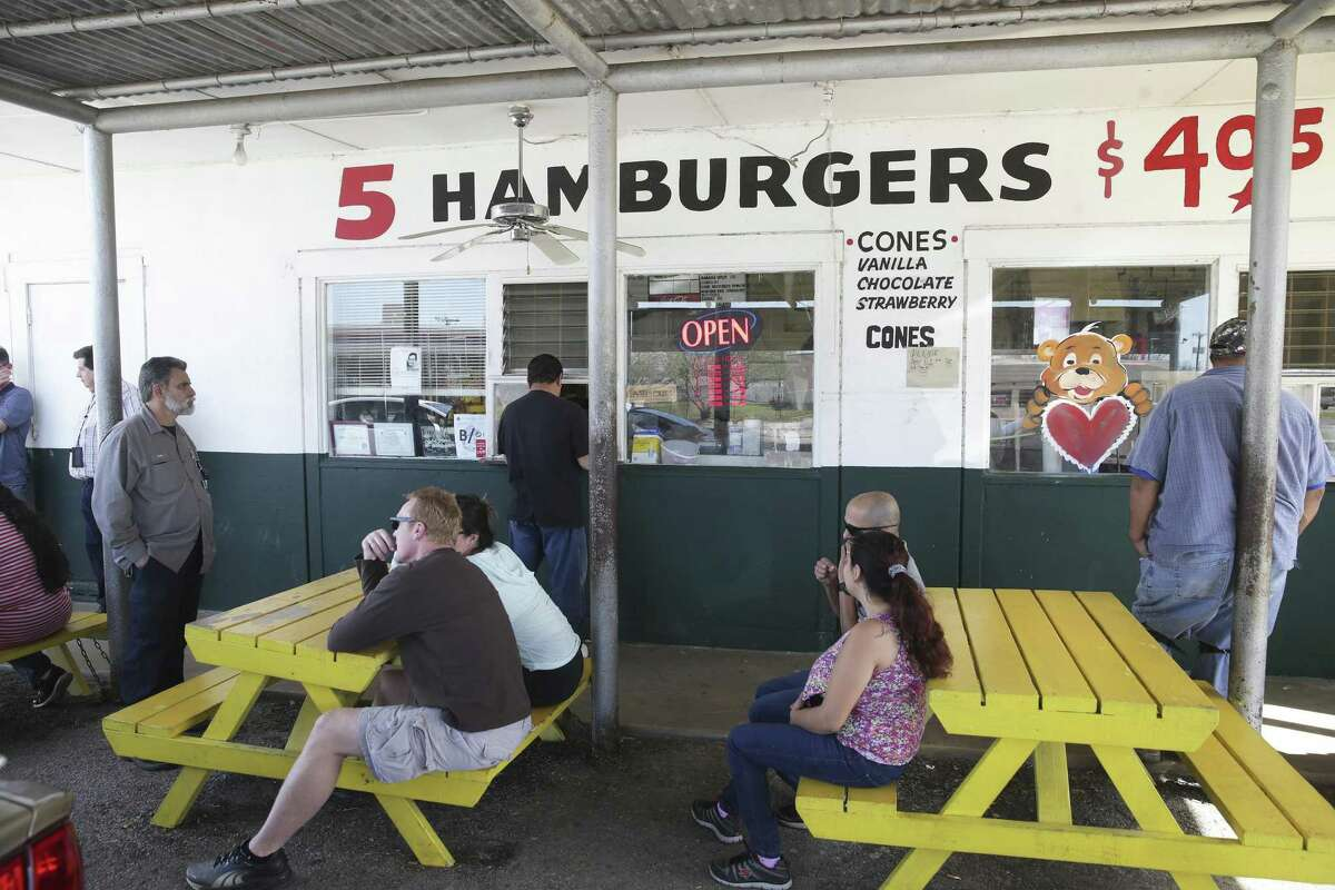 It was common to wait up to 45 minutes for food during the lunch rush at Floyd's Dairy Bar.