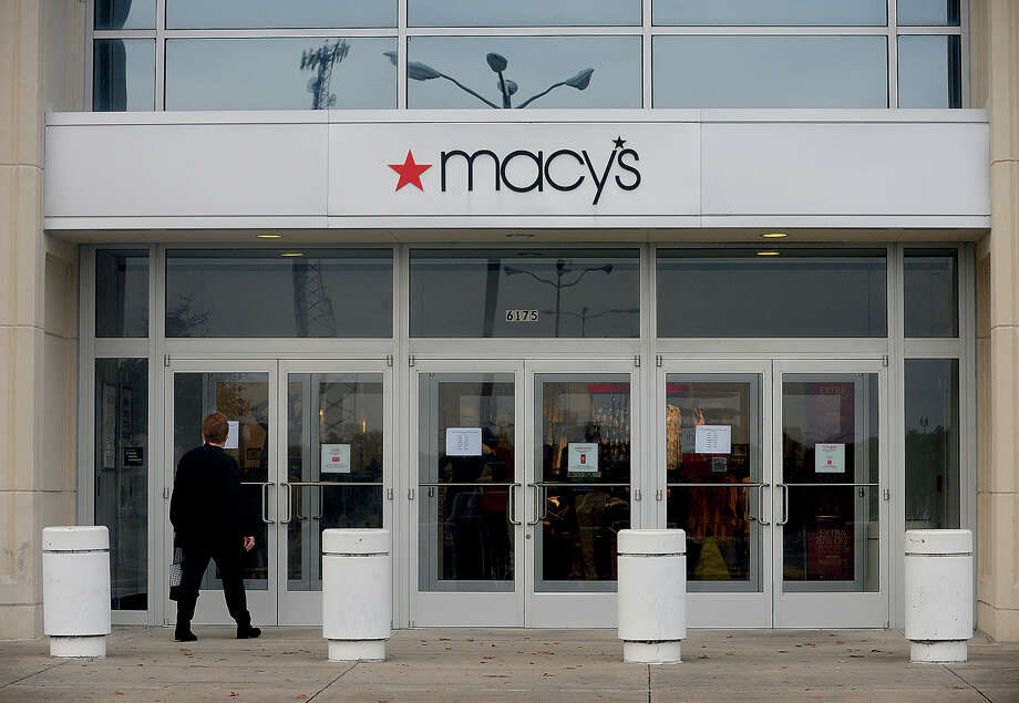 Macy's Parkdale Mall location in Beaumont is among the locations that the chain will close. Department stores have lost market share to e-commerce retailers. Photo: Kim Brent / Beaumont Enterprise