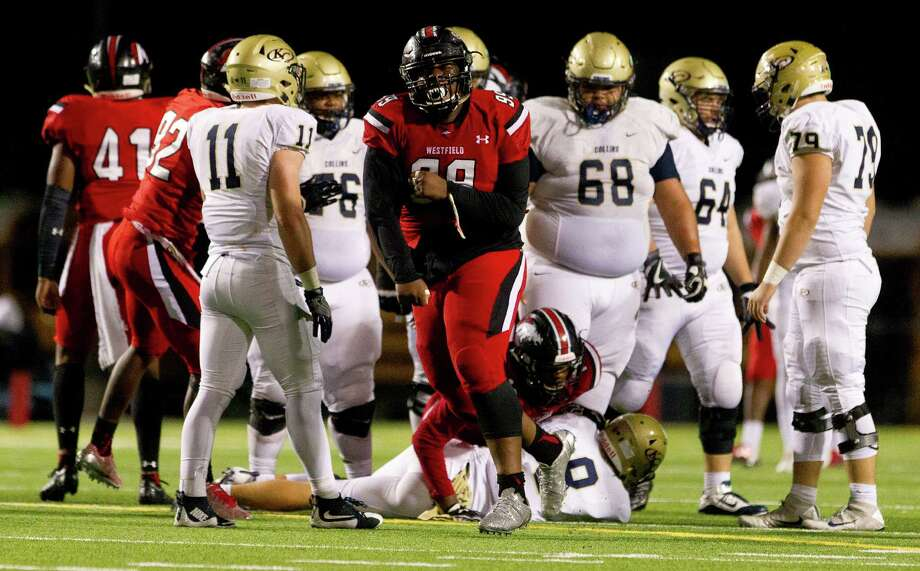 Linemen Keondre Coburn (99) leads a stacked Westfield defense in 2017. Coburn recently committed to play for the University of Texas. Photo: Jason Fochtman, Staff Photographer / Houston Chronicle