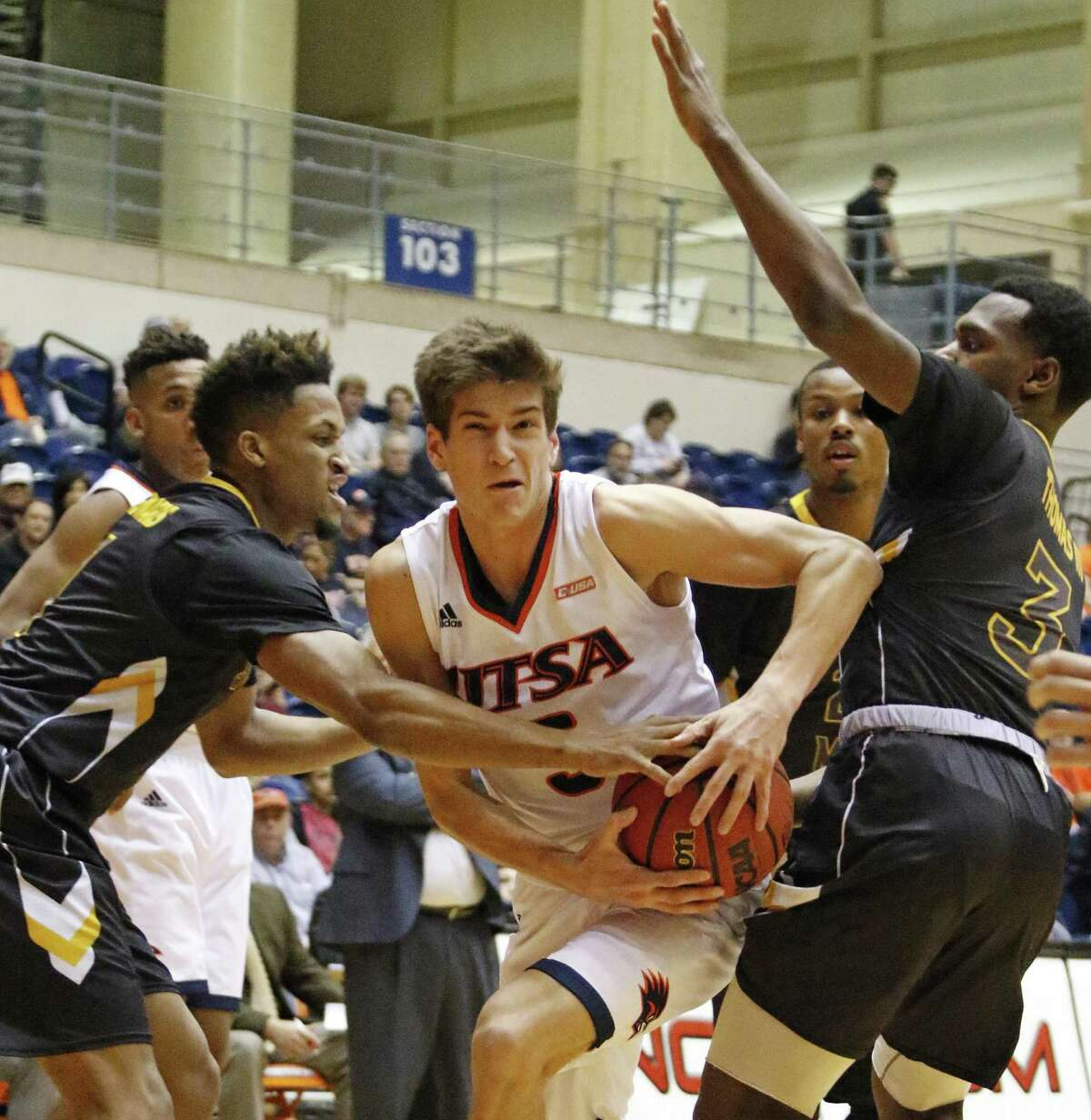 UTSA?•s Giovanni De Nicolao drives on Southern?•s Mississippi?•s players on Thursday, January 19, 2017 at Convocation Center.