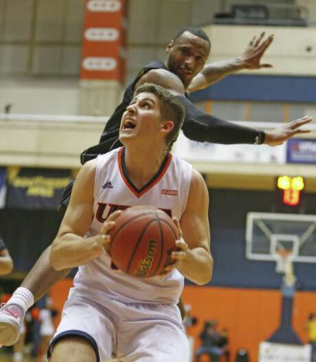 UTSAÕs Lucas O'Brien looks to shoot after giving a fake against Southern Mississippi on Thursday, January 19, 2017 at Convocation Center. Photo: Ron Cortes, Freelance / For The San Antonio Express-News / Ronald Cortes / Freelance