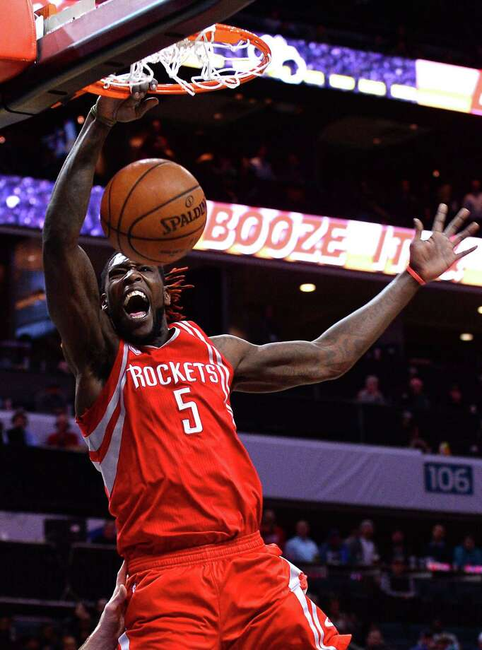 Montrezl Harrell came off the Rockets' bench to score 15 points, including a one-handed dunk. Photo: Jeff Siner, MBR / Charlotte Observer