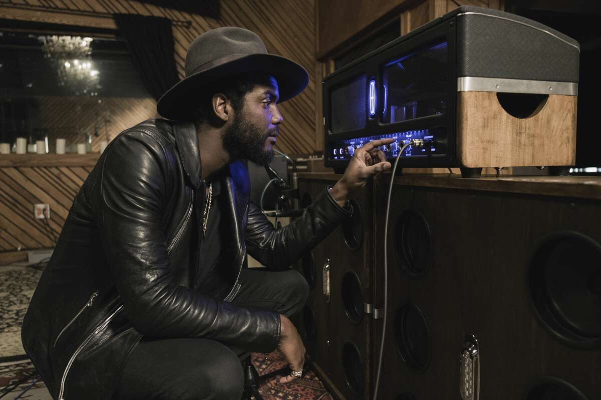 The Lincoln Motor Company is set to debut a new Continental TV ad featuring contemporary Texas blues musician Gary Clark Jr. and a custom-made amplifier that reflects features of the 2017 Lincoln Continental. The exclusive amplifier, engineered by Revel and designed by Lincoln, was built by brothers Ben and Jeff Fargen, who have been handcrafting guitar amplifiers since 1998.