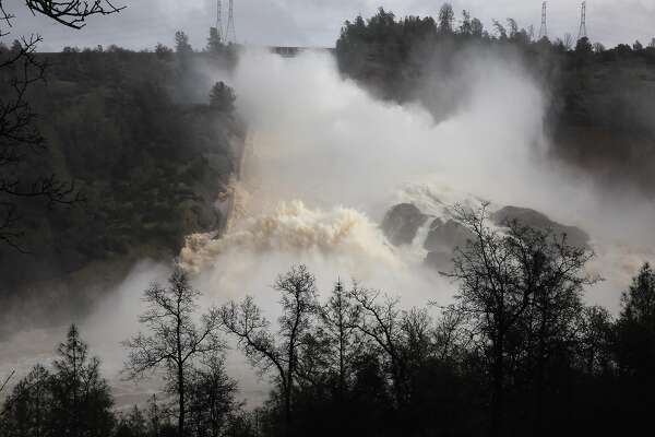 Damage to Oroville Dam spillway worsens — could cost $100 million