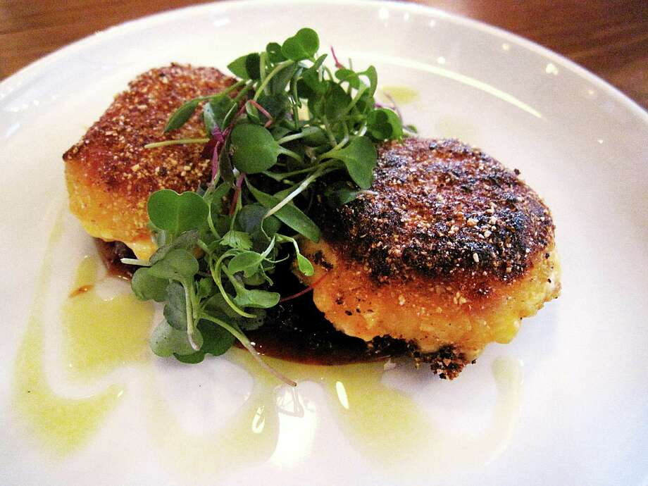 Polenta-crusted pimento cheese with bacon jam from Periphery on North Main Avenue in San Antonio. Photo: Mike Sutter / San Antonio Express-News