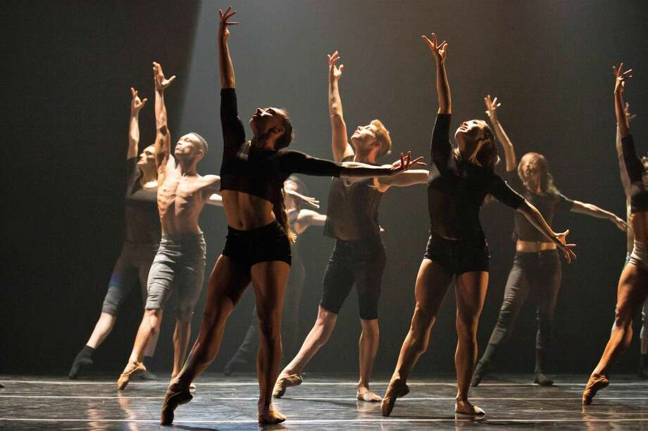 Complexions Contemporary Ballet Photo: Courtesy Photo