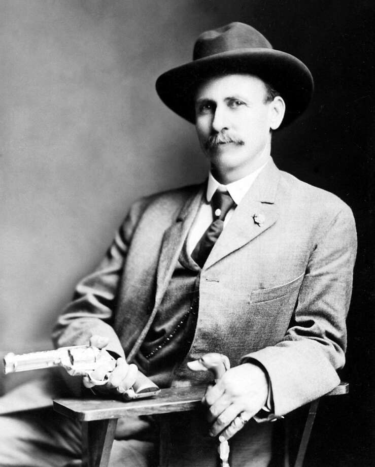 Charles Siringo, for 22 years a Pinkerton detective, took pride in rarely using his gun. Photo: By Unknown - Public Domain, Public Domain, Https://commons.wikimedia.org/w/index.php?curid=8344202 / By Unknown - Public Domain, Public Domain, https://commons.wikimedia.org/w/index.php?curid=8344202