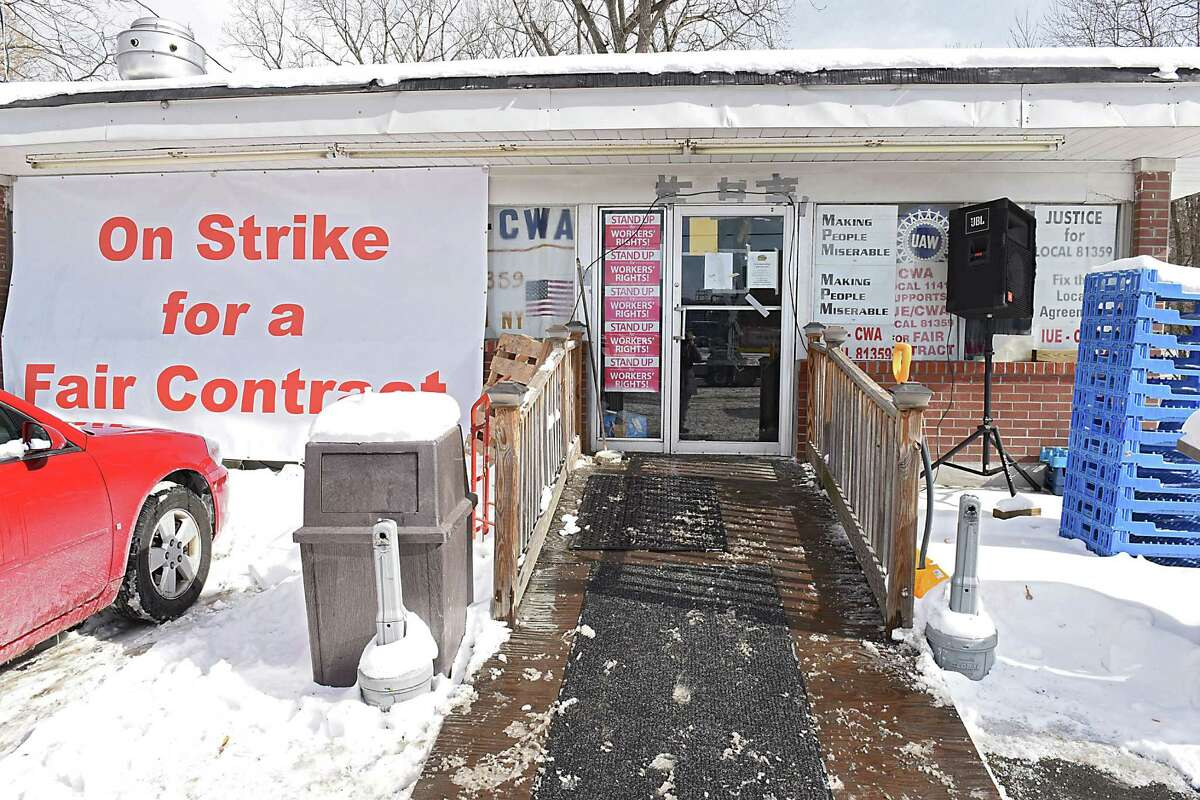 Building across from the Momentive Performance Materials plant whre unionized workers continue to strike outside on Friday, Feb. 10, 2017 in Waterford, N.Y. (Lori Van Buren / Times Union)