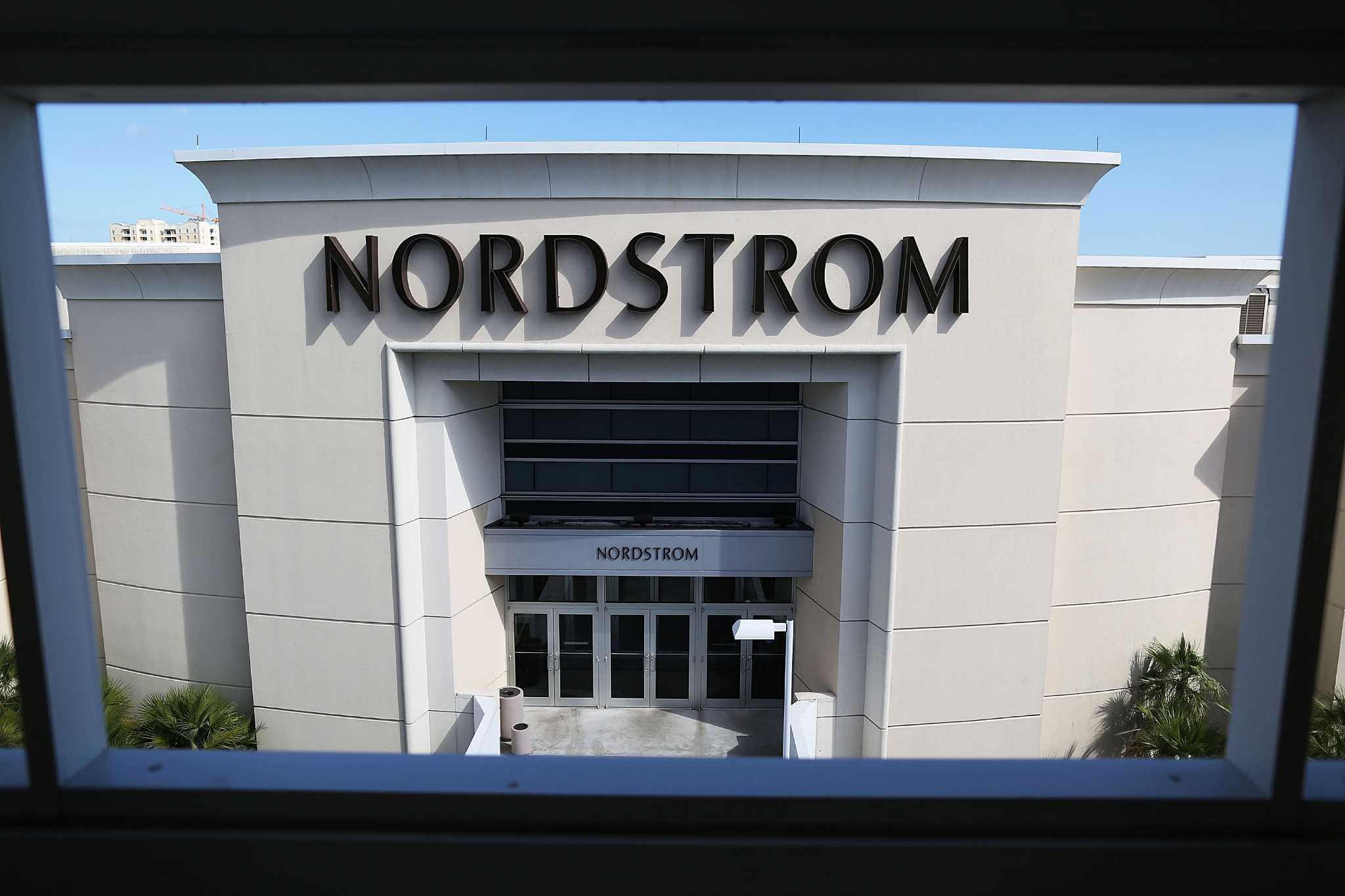 Nordstrom's big, beautiful stores are losing ground - Houston Chronicle