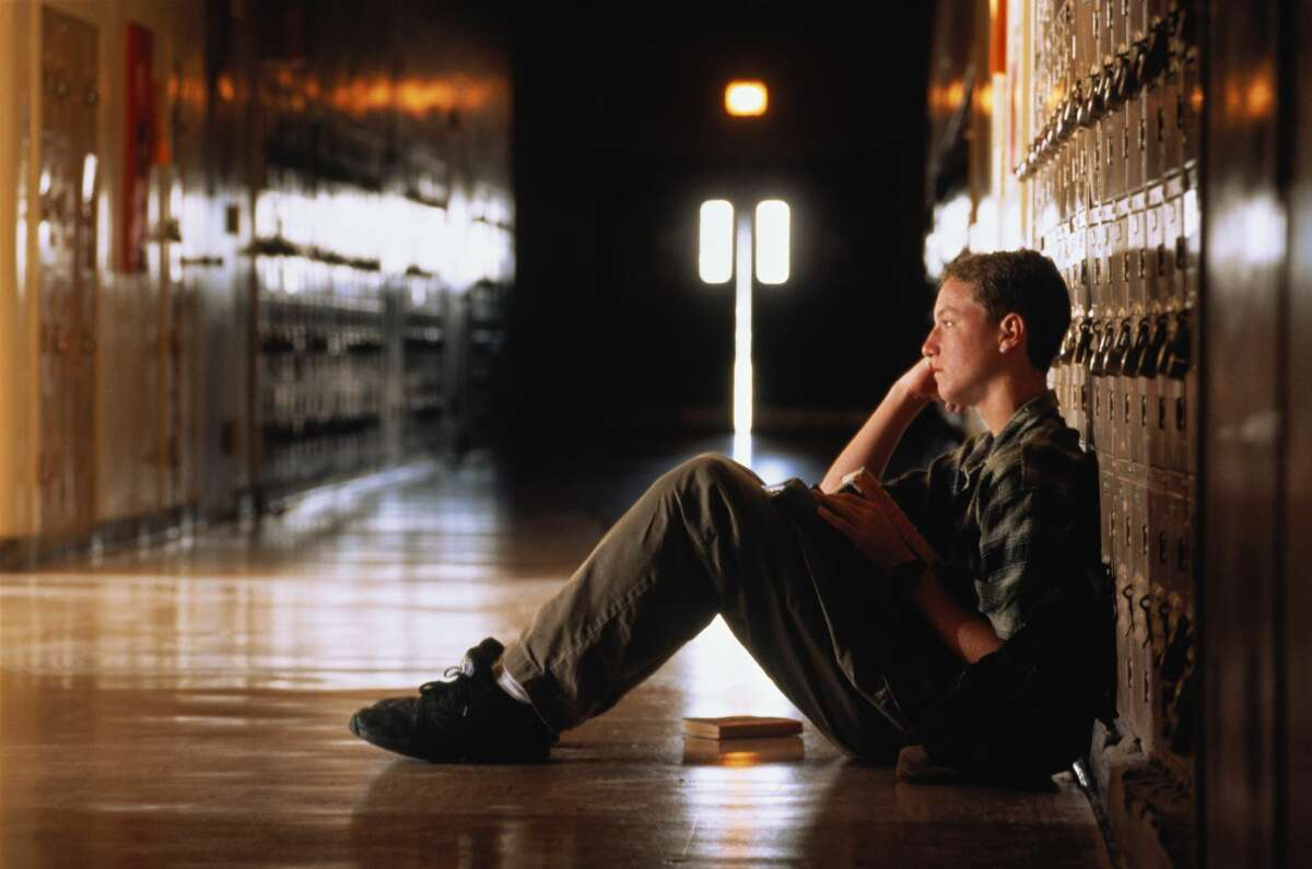 """A teen feels his social skills are """"nonexistent"""" and often feels depressed."""
