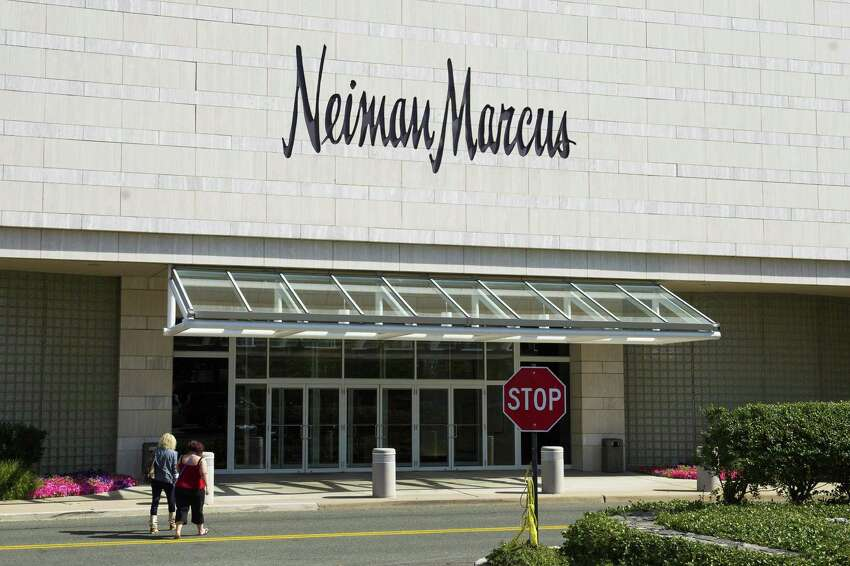Neiman Marcus - FRISK score: 1Closest location: White Plains, NY