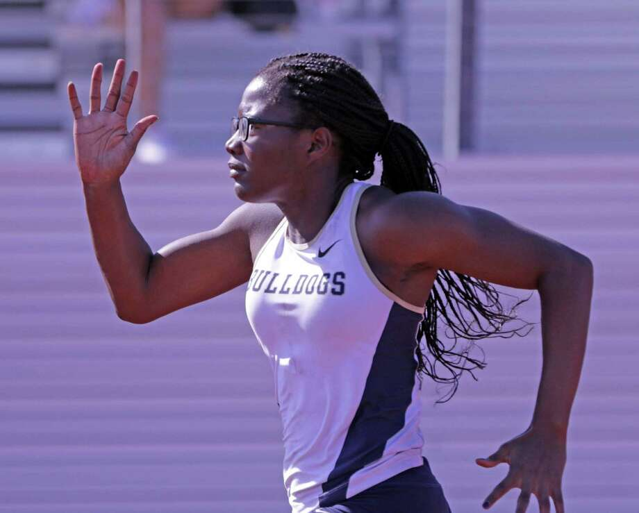 Alexander's Cynthia Emeremnu won the 100-meter dash, the 200-meter dash and the triple jump at the LISD Invitational. Photo: Clara Sandoval /Laredo Morning Times