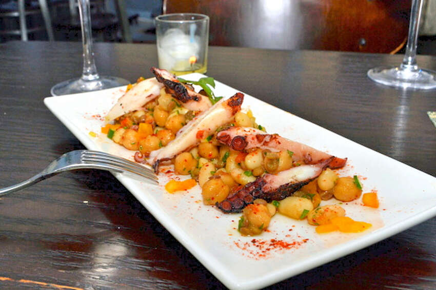 Over 20 Downtown Stamford restaurants offer lunch and dinner prix fixe menus during Stamford Restaurant Week. It runs until March 2. Find out more.