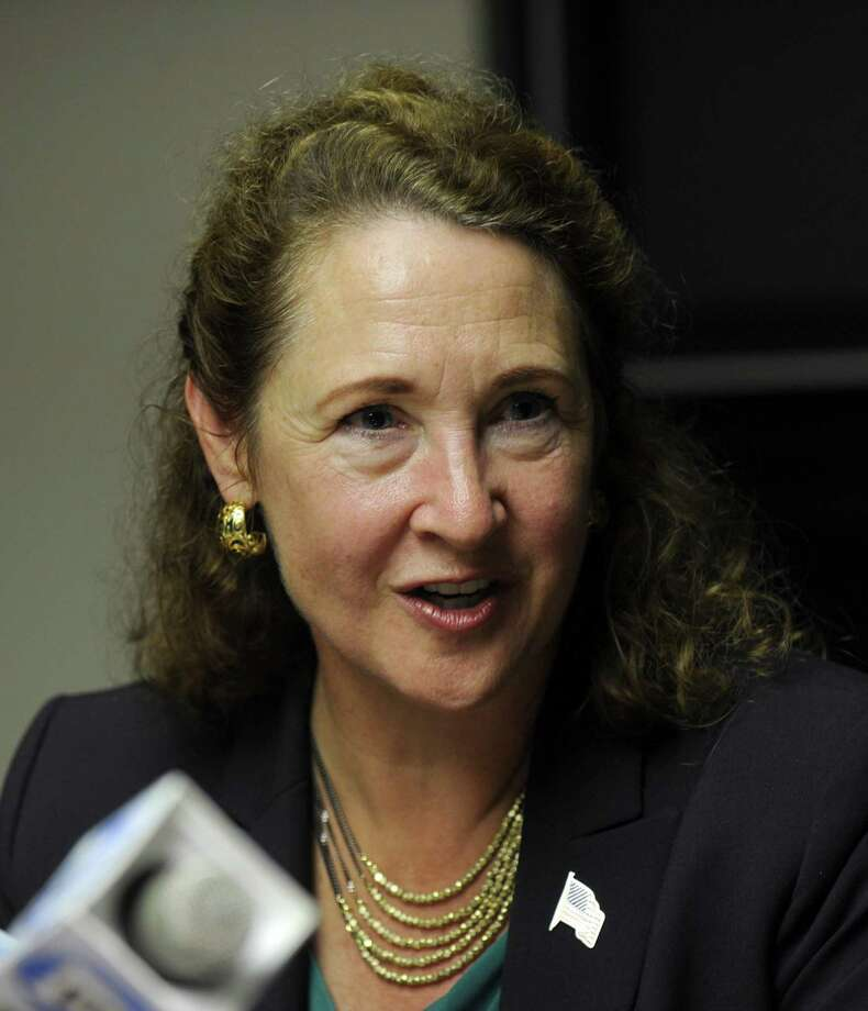 U.S rep. Elizabeth Esty meets with The News-Times editorial board Wed., Oct. 12, 2016. Photo: Carol Kaliff / Hearst Connecticut Media / The News-Times