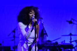 WASHINGTON, DC - JANUARY 19: Singer Solange Knowles performs onstage at the Busboys and Poets' Peace Ball: Voices of Hope and Resistance at National Museum Of African American History & Culture on January 19, 2017 in Washington, DC.