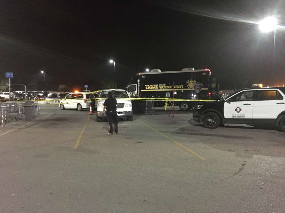 SAPD: Woman stabbed to death at San Antonio Walmart parking
