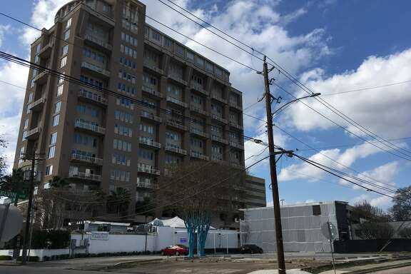 Bridgewood Property Co. has purchased a 1-acre property northwest corner of Kelvin and Robinhood for a 17-story apartment high-rise called The Village of Southampton. It is next to The Robinhood, a 17-story condo tower.