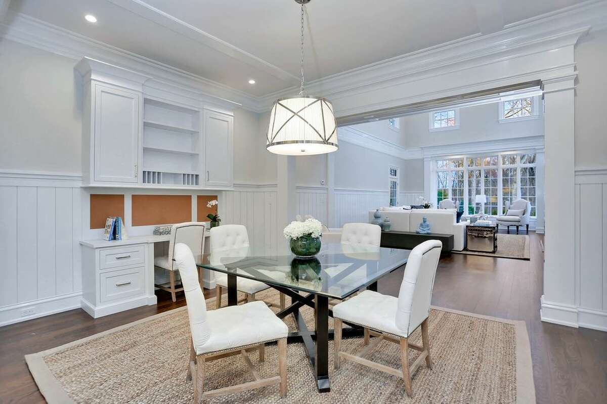 743 Lake Ave, Greenwich, CT 06830 6 beds 9 baths 10,433 sqft 2 Days on Zillow Features: Seven marble baths, two powder rooms and six fireplaces View full listing on Zillow