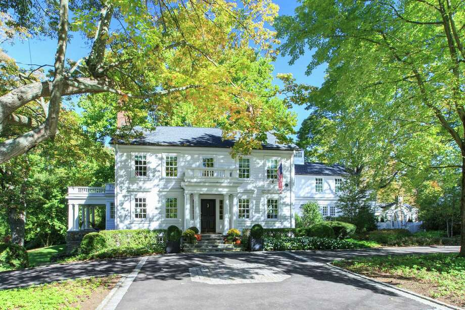 The updated antique colonial house at 183 West Road was built in 1790 and underwent several construction to give it modern amenities and bring it to its current 6,111 square feet. / Michael W Smith