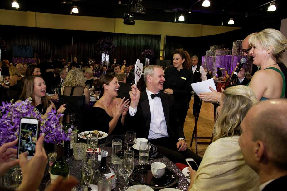 At the 2016 American Heart Association's Montgomery County Heart Ball, guests danced, watched live entertainment, and participated in a live auction benefiting heart disease research. Photo: Kelly Schafler