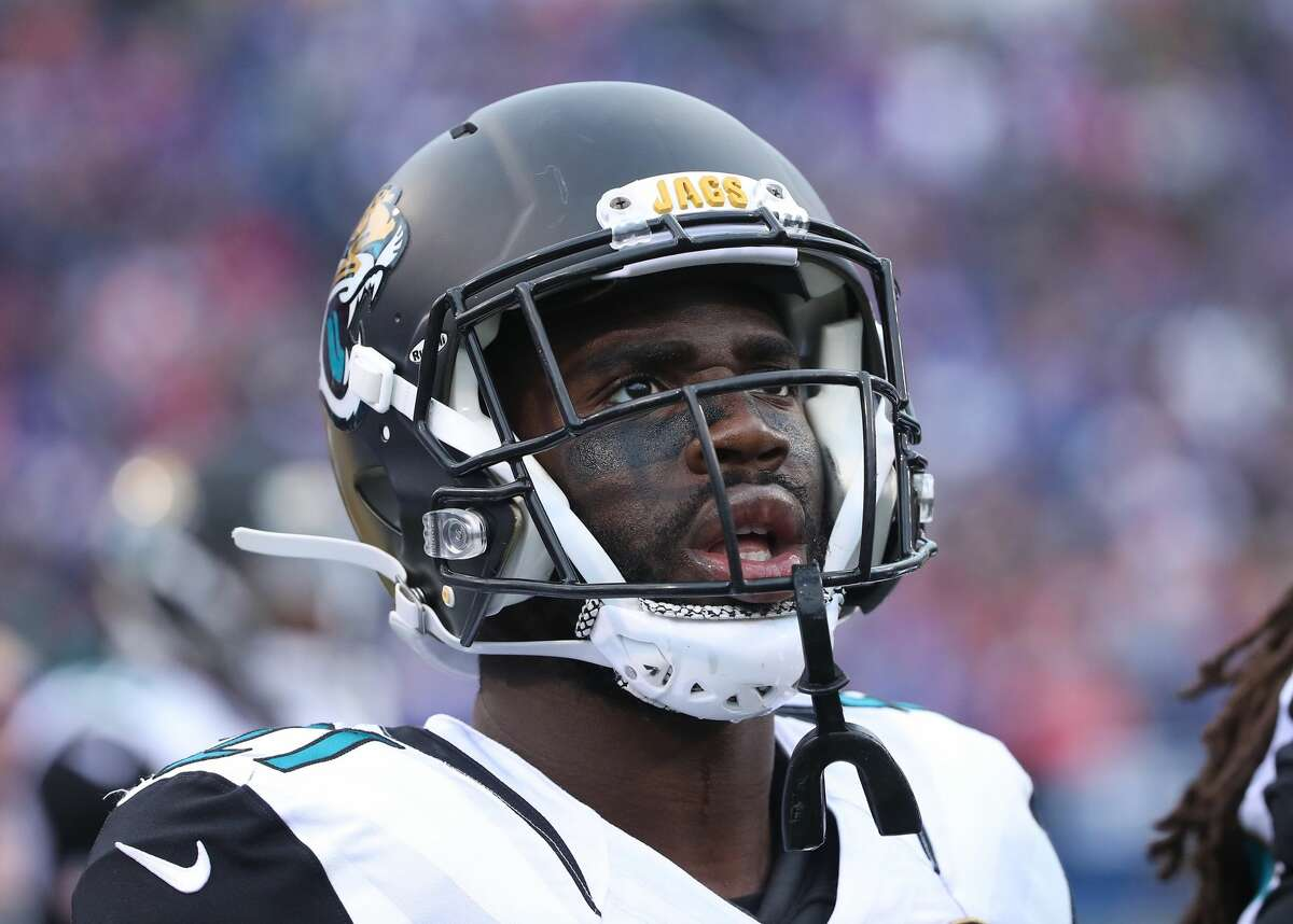 CB Prince Amukamara2016 team: Jacksonville Jaguars Age: 27 2015 Stats: 49 total tackles (1 for loss), 6 passes defensedNotes: The former first-round pick isn't a game-changer, but he is a solid veteran cornerback who should see a decent market after settling for a one-year deal in Jacksonville last year.