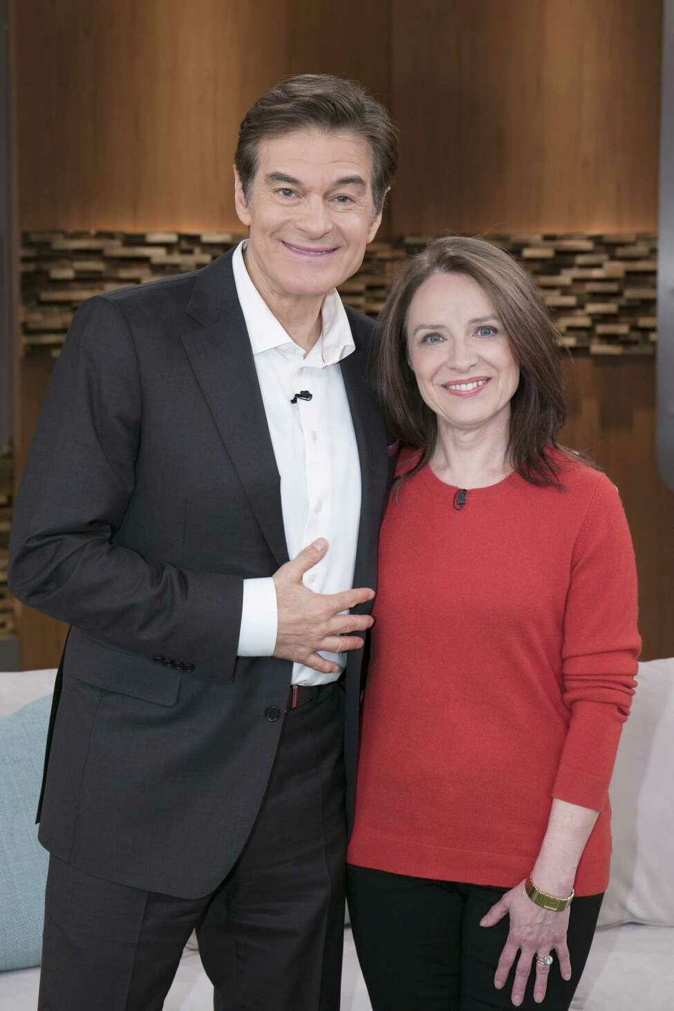 Dr. Oz with Sally Temple, scientific director and co-founder of the Neural Stem Cell Institute. (Courtesy Sony Pictures Television)