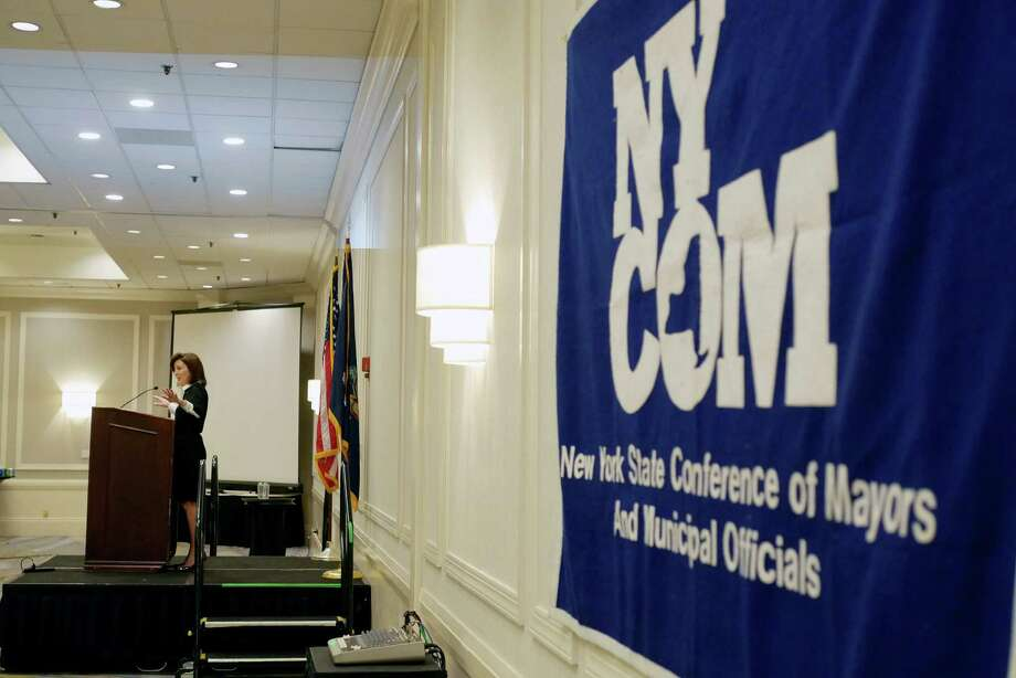 Lieutenant Governor Kathy Hochul addresses those gathered at the New York State Conference of Mayors event on Monday, Feb. 13, 2017 in Albany, N.Y.  (Paul Buckowski / Times Union) Photo: PAUL BUCKOWSKI / 20039675A
