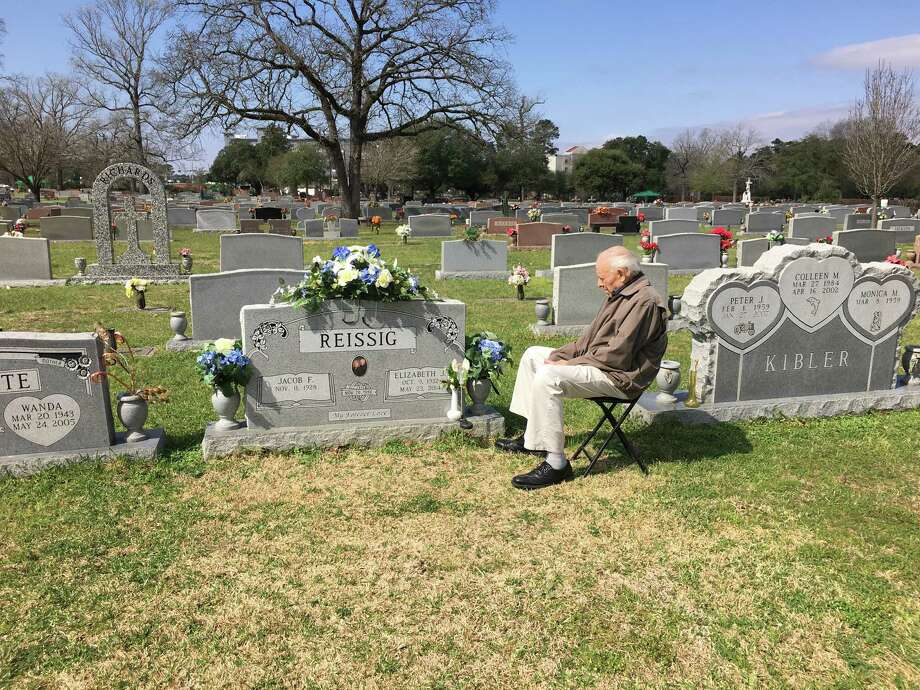 Jake Reissig, 88, visits the grave of his wife every day and talks to her about their 64 years of marriage. Photo: Susan Carroll / Houston Chronicle