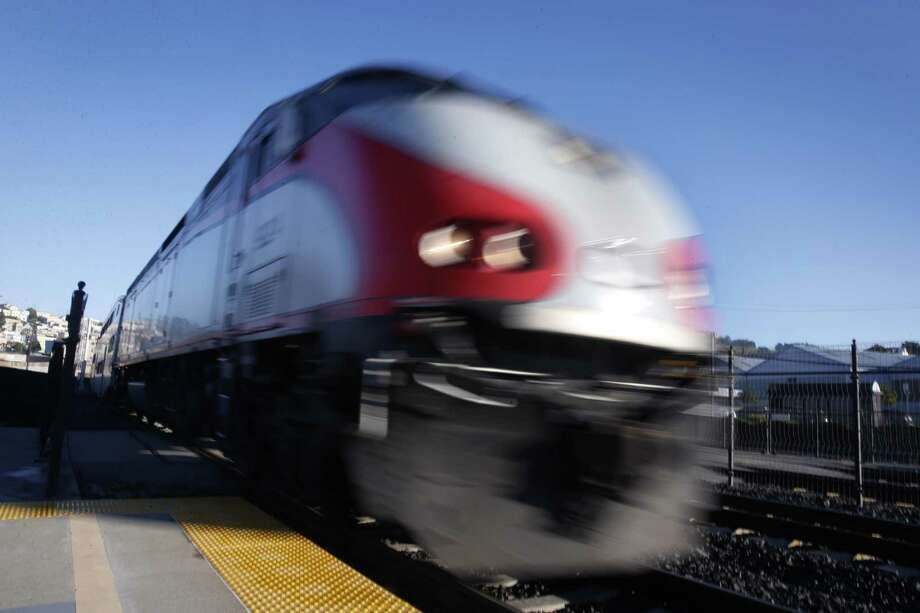 A man hit by Caltrain in Redwood City died Monday night, an official said. Photo: Paul Chinn / Paul Chinn / The Chronicle / ONLINE_YES