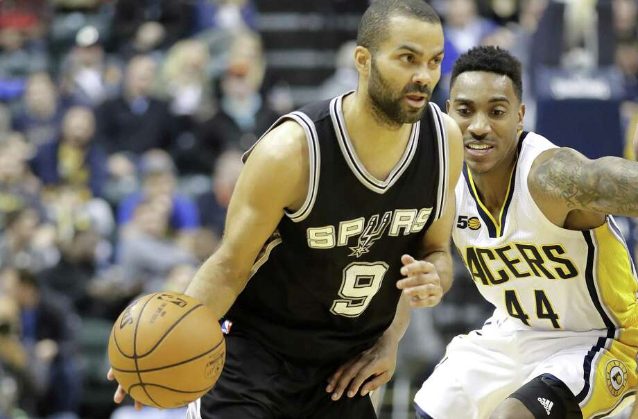 Tony Parker of the Spurs dribbles the ball against the Indiana Pacers at Bankers Life Fieldhouse on Feb. 13, 2017 in Indianapolis. Photo: Andy Lyons /Getty Images / 2017 Getty Images