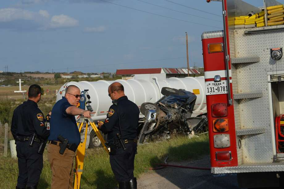 A 2-month-old girl and a woman died Monday, Feb. 13, 2017 in a two-vehicle collision on Texas Highway 359. Photo: Courtesy