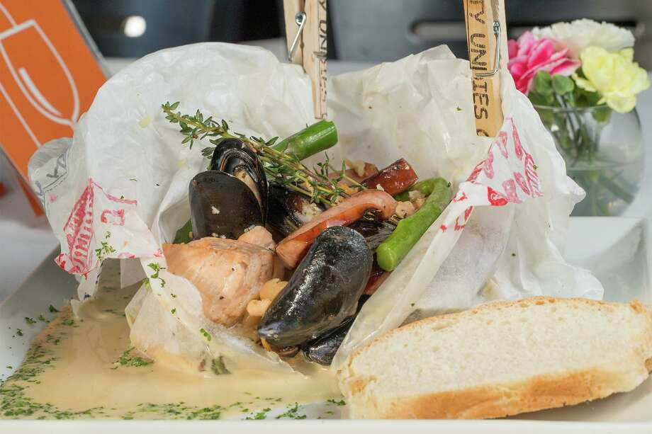 Ropa Sucia, a seafood and sausage papillote, was a menu option at Bite restaurant. Photo: Marvin Pfeiffer /Staff File Photo / Express-News 2017