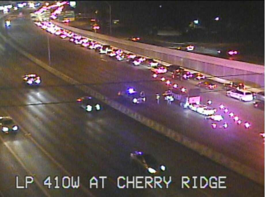 Accident closes lanes of Loop 410 at Vance Jackson - San