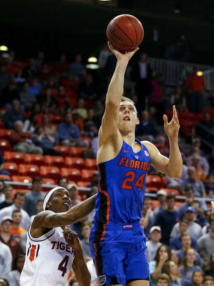 Canyon Barry puts up one of his 17 shots against Auburn. He made eight, including 3 of 5 three-point attempts. Photo: Butch Dill, Associated Press