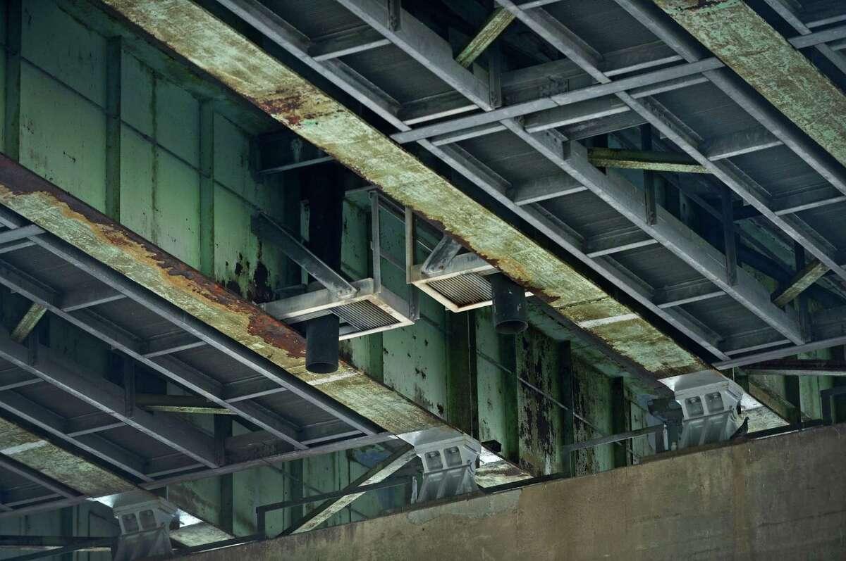 Yankee Doodle Bridge, Norwalk Daily Crossings: 146,000Year Built: 1957Source: American Road & Transportation Builders Association