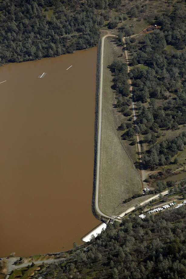 Virginia Ranch Dam at Collins Lake in Yuba County, Calif., on Tuesday, February 14, 2017. Photo: Scott Strazzante, The Chronicle