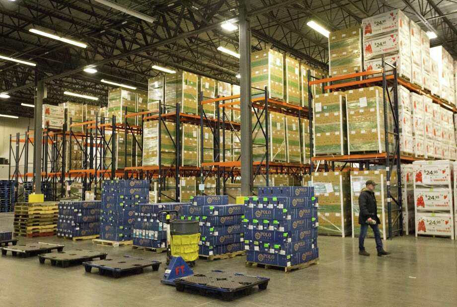 U.S. businesses stockpiled more goods in December and posted the biggest sales increase in nearly six years. Photo: Wilfredo Lee /Associated Press / Copyright 2017 The Associated Press. All rights reserved.