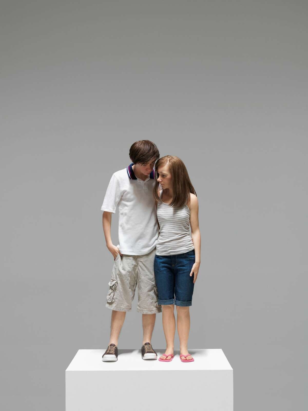 Ron Mueck, Young Couple, 2013.