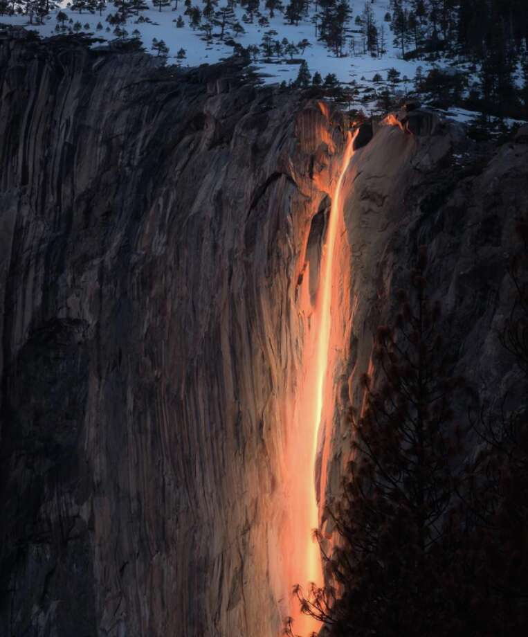 A photograph of the 2017 Firefall, captured by Sangeeta Dey.