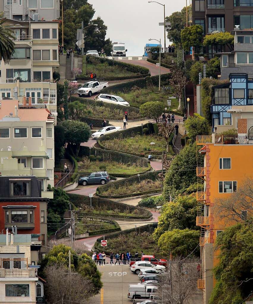 Super Visitors driving famed Lombard Street may wind up paying - SFGate FW57