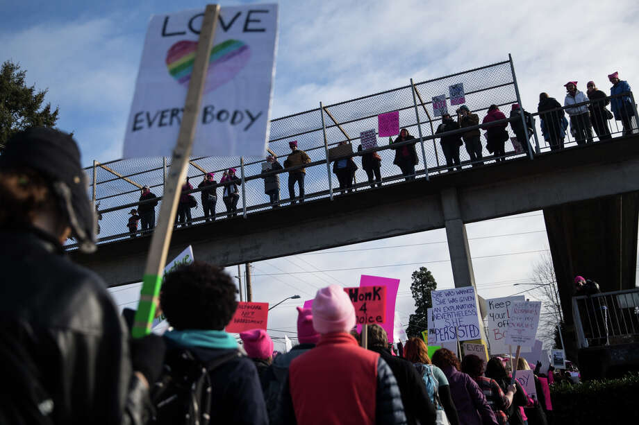 Demonstrators gathered to counter a defund Planned Parenthood protest outside a Planned Parenthood in Kent, Wash. on Saturday, Feb. 11, 2017. Photo: GRANT HINDSLEY, SeattlePI.com / SeattlePI.com