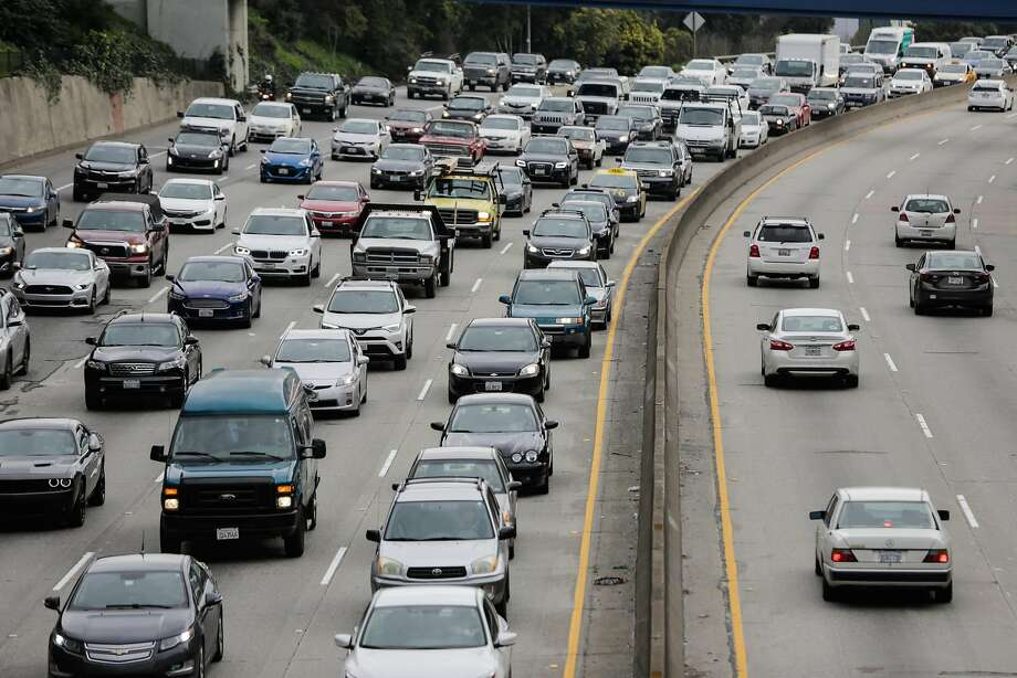 Traffic is seen on Highway 101 in San Francisco, California, on Wednesday, Feb. 15, 2017. Photo: Gabrielle Lurie, The Chronicle